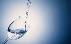 水を安くしたい。ペットボトルを買わずに水筒にする。