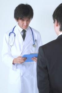 治験・臨床試験のアルバイト、モニター、ボランティアは儲かるのか