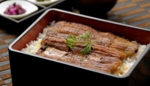鰻の代わりに安くてうまいナマズ、イワシの蒲焼