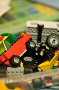 LEGO赤いバケツ、青いバケツ、価格が3倍に!スターウォーズも人気
