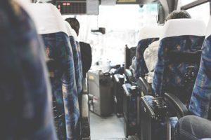 夜行バス、周囲に気を遣う